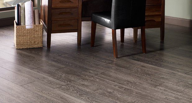 5 Best Laminate Flooring Colors To