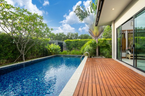 What are the Types of Flooring for Decks?